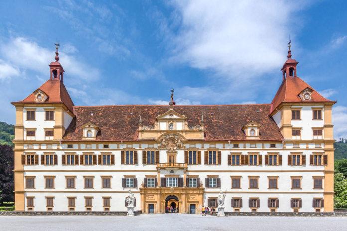 Замок Эггенберг в Граце