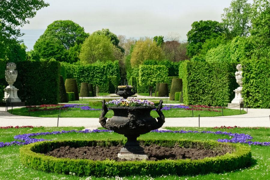 Парк дворца Шёнбрунн