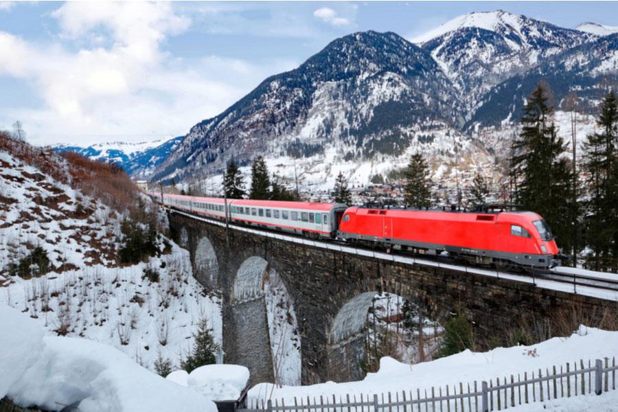Поезд Eurocity