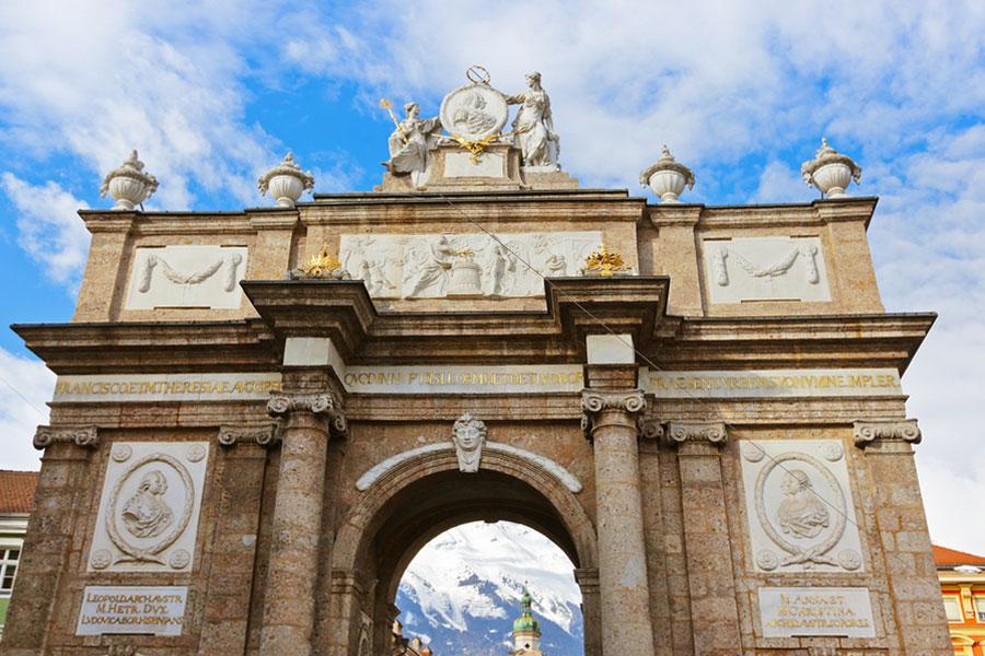 Триумфальная арка в Инсбруке